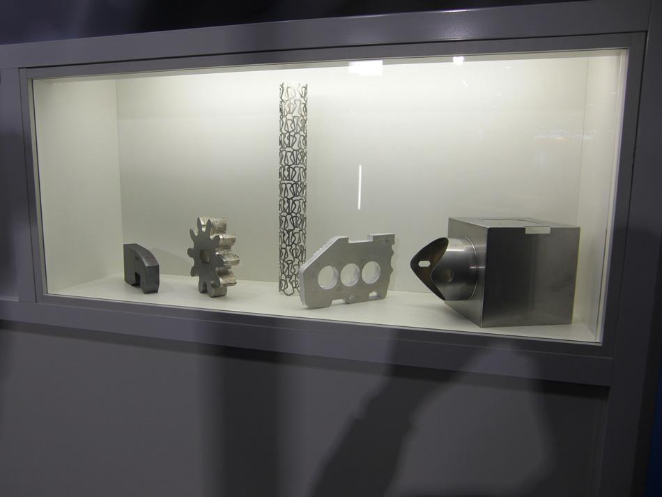 Schneidemuster verschiedener Laseranlagen Fertigungsteile aus Niro, Alu und Schwarzblech